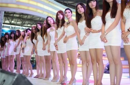 Thu nhập của những cô gái xinh đẹp làm nghề PG-2